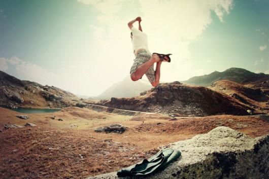 guy_man_jumping_happy_outdoor_happiness_joy_jump-948852